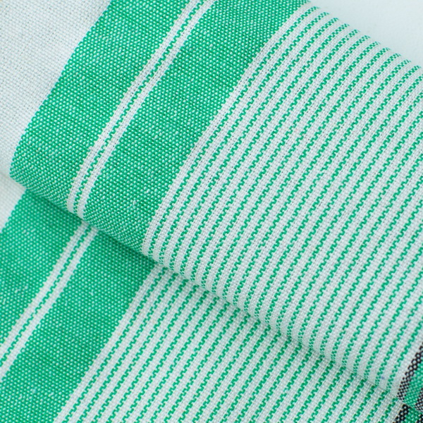 Недорогая ткань для матрасов бело-зеленого цвета