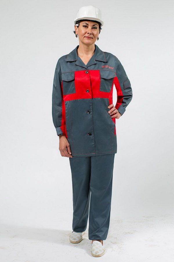 Женский костюм для работы серого цвета с красной кокеткой