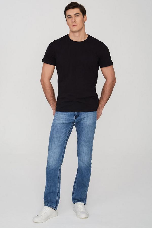 Чёрная футболка для работы