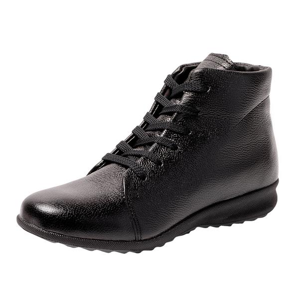 Женские ботинки из кожи черного цвета