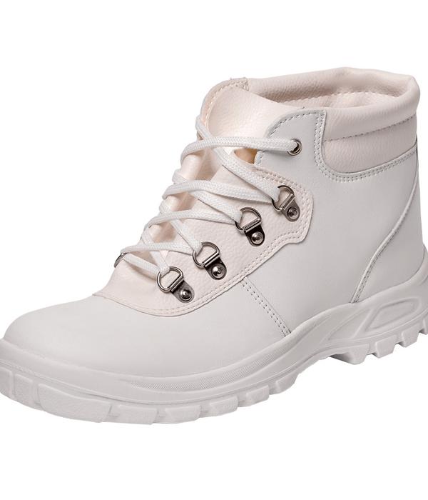 Ботинки для работы белого цвета